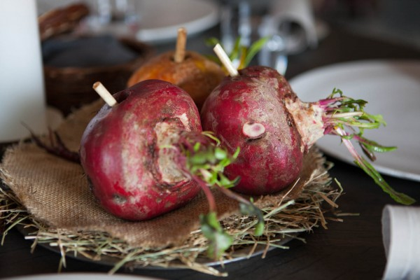 Scandinavian coconuts (beets) with warm goose and cabbage broth