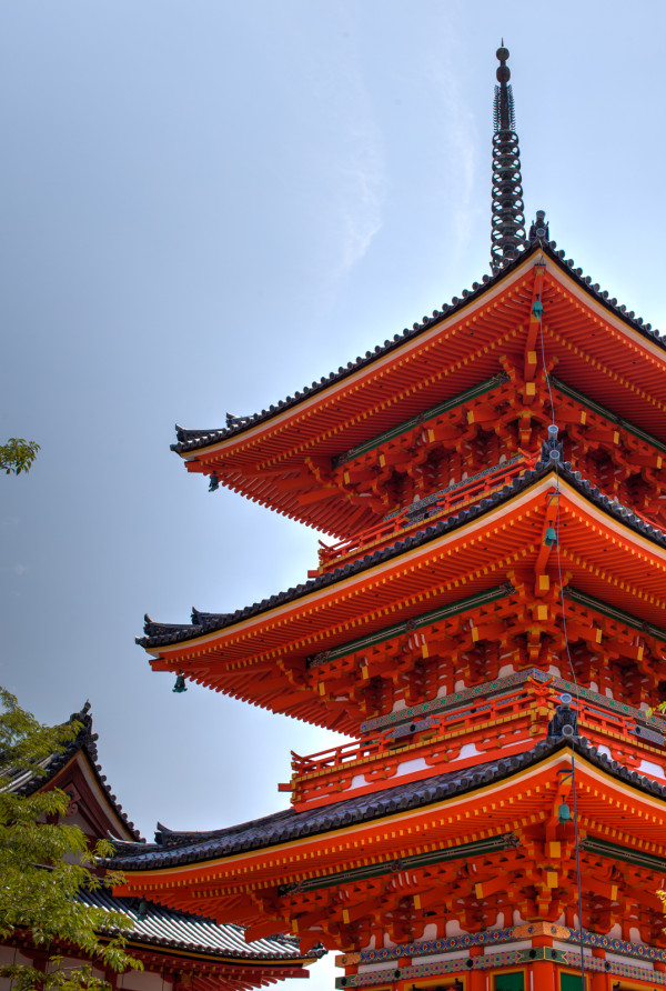 More beautiful shots of Kiyomizu-dera temple (I have such a talented husband)